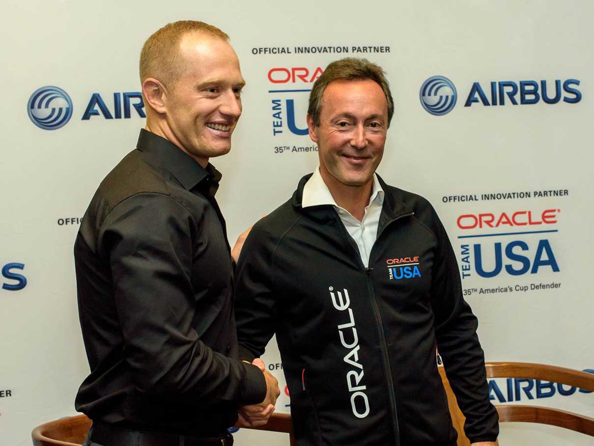 Fabrice Brégier con Jimmy Spithill