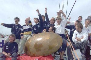 La vittori del Cat Club Med a The race, giro del mondo non stop in catamarano per equipaggio 2001
