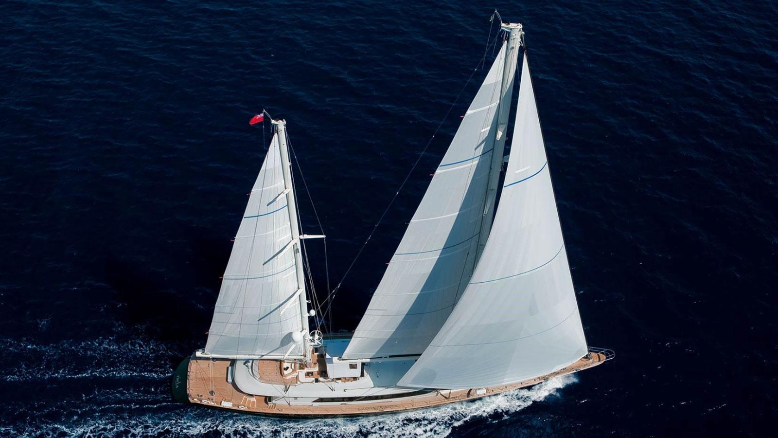 asahi-super-yacht-sailing-boat