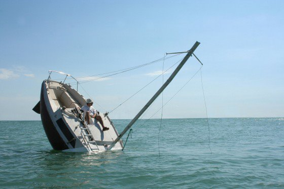 Barca che affonda